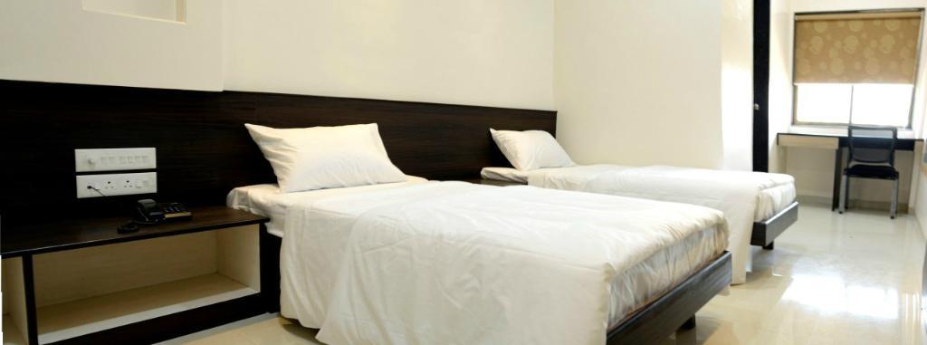 OYO 1647 Hotel Regent