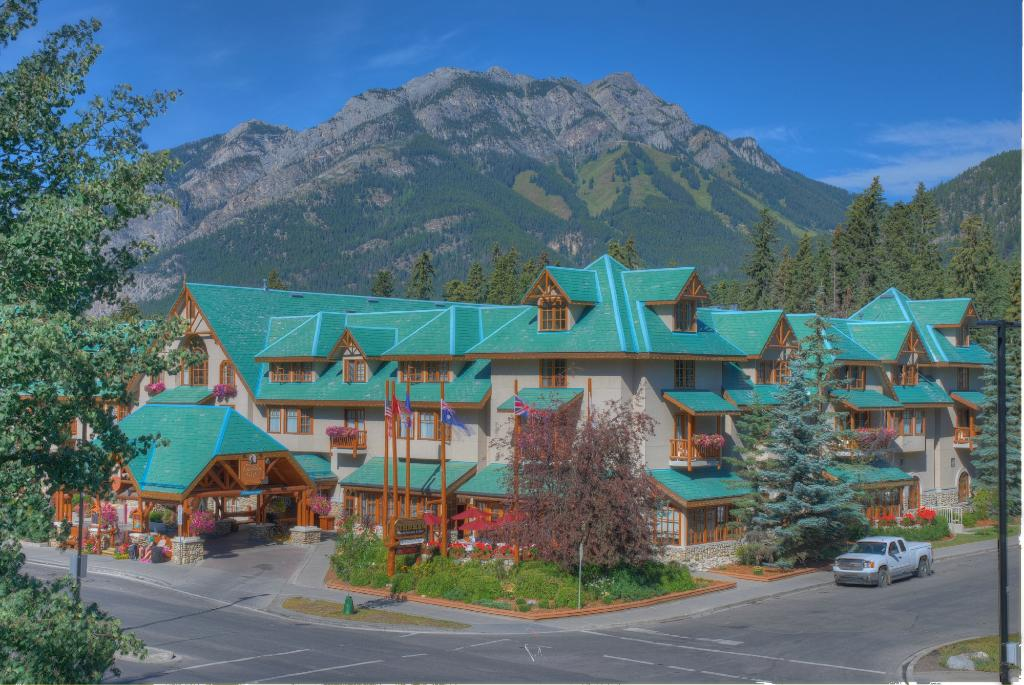 Banff Caribou Lodge & Spa