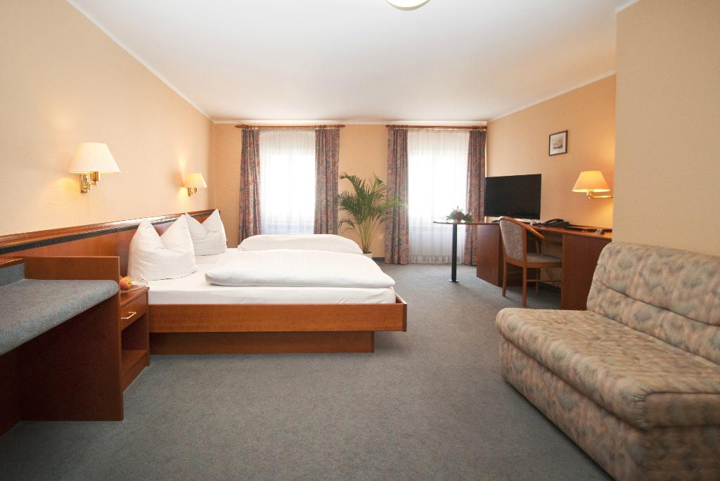 Hotel-Gasthof Postbrau Dingolfing