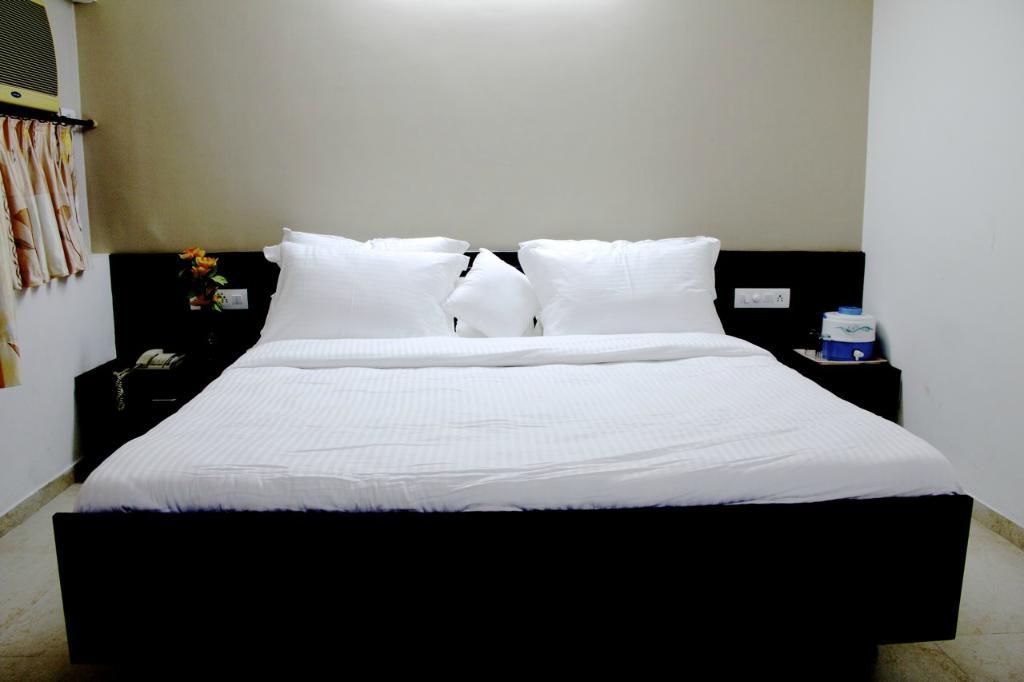 Hotel Khushi International