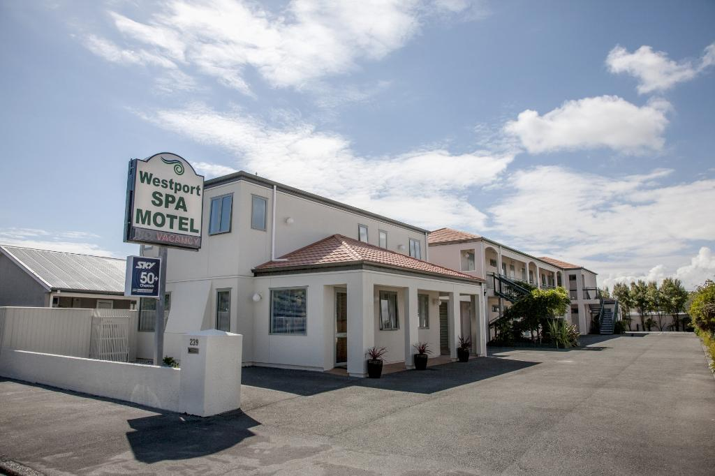‪Westport Spa Motel‬