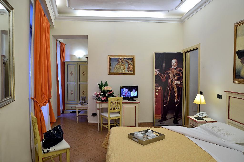 โรงแรมวาซารีพาเลซ