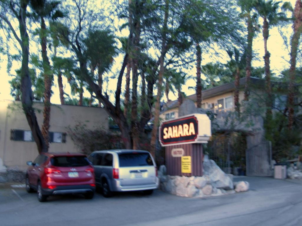 Sahara Hot Springs Family Park & Inn
