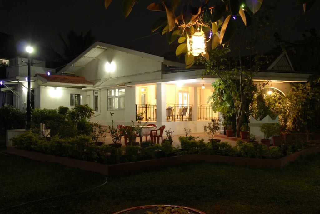 Manas Villa
