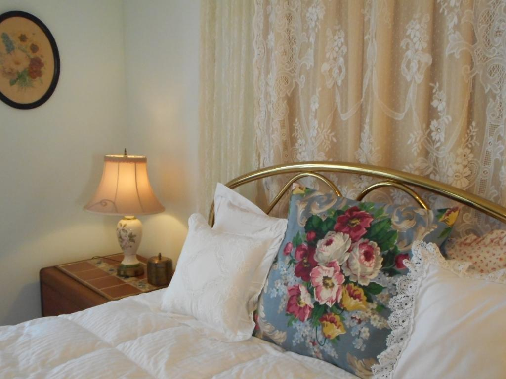 Violet Rose Bed & Breakfast