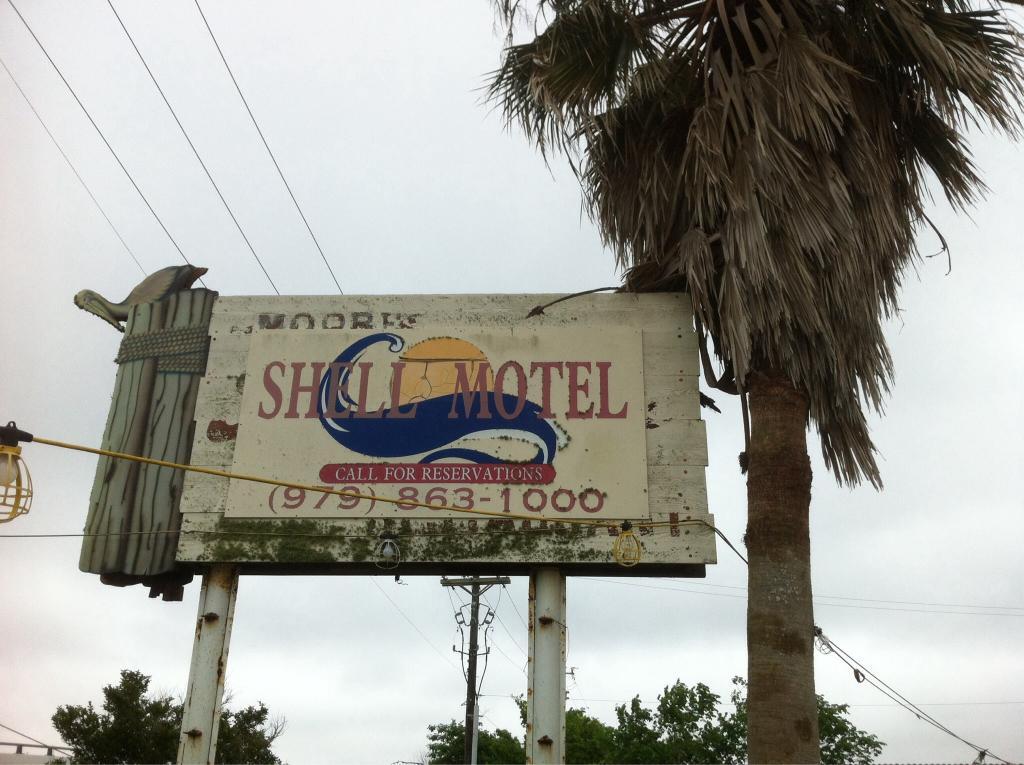 Shell Motel