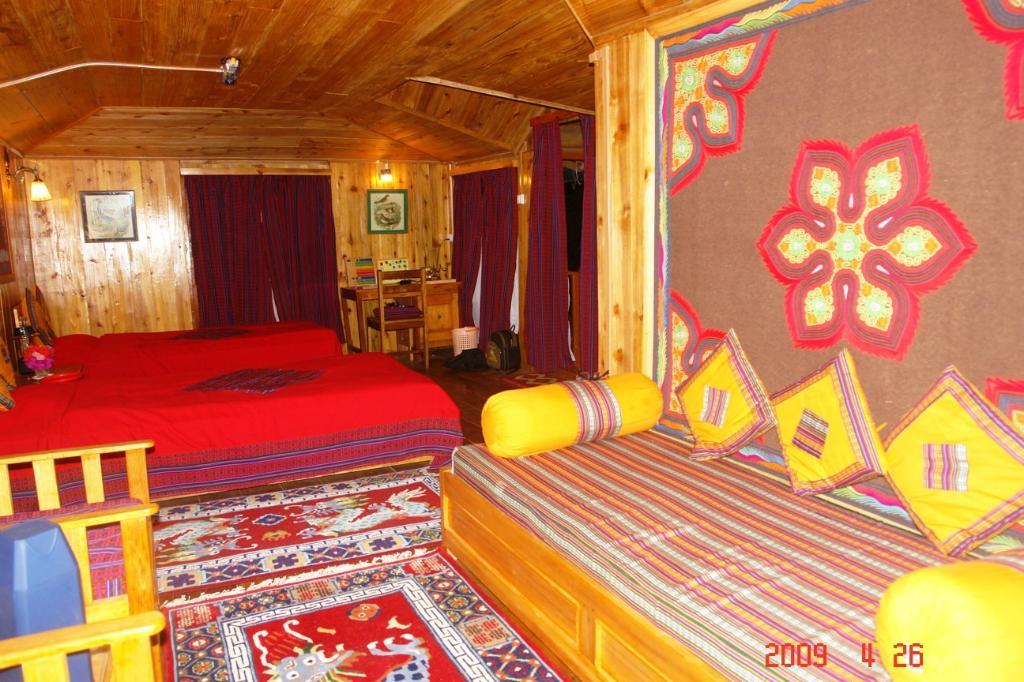 Samthar Farm House