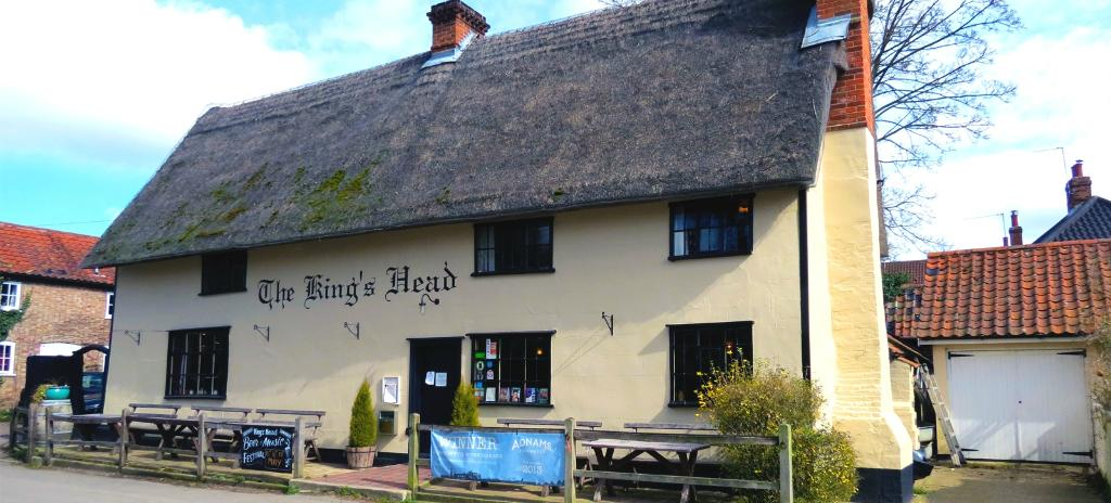 Laxfield King's Head (The Low House)