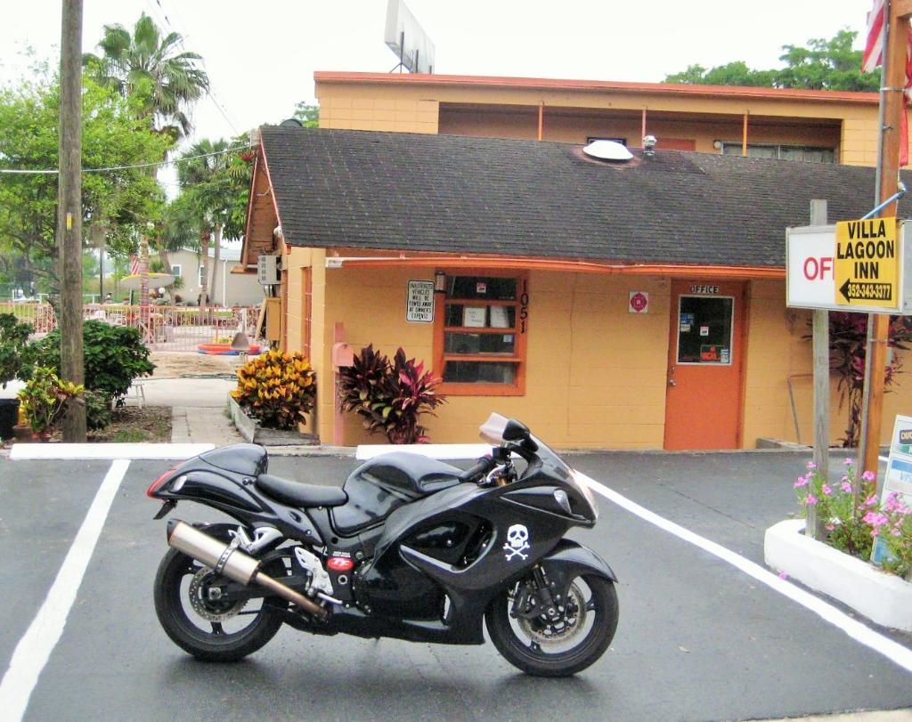 Villa Lagoon Inn