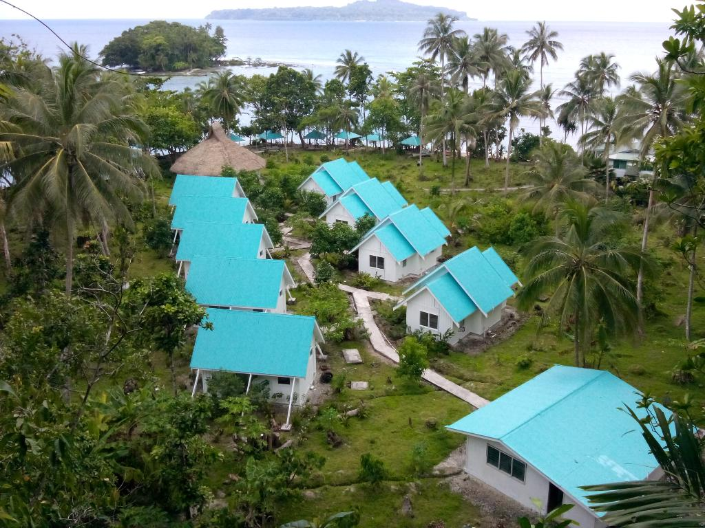 Ropiko Beach Resort