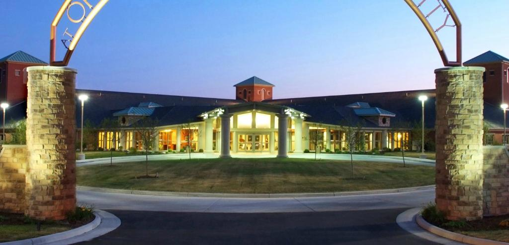‪Inn at Ohio Northern University‬