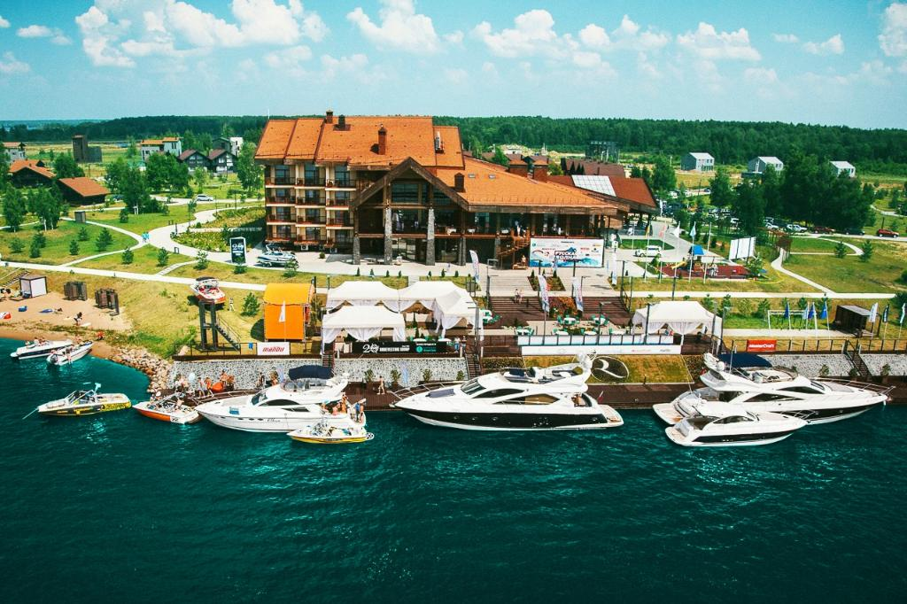 Konakovo River Club Hotel Complex