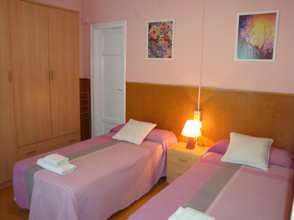 Hostel Valls