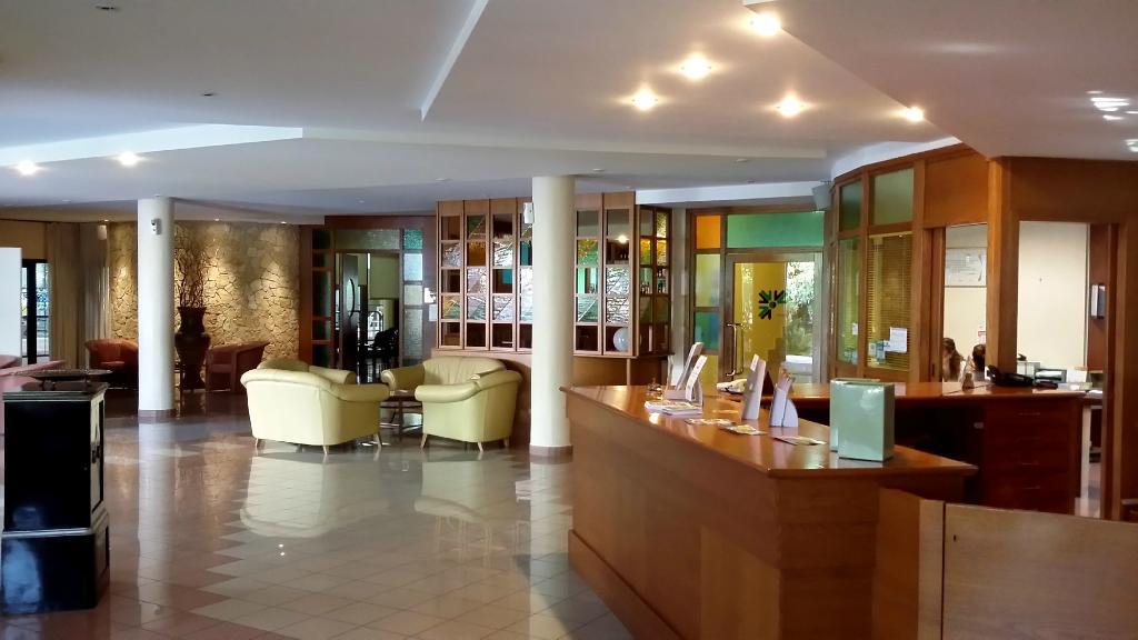 トゥールスポルト ホテル レジデンス