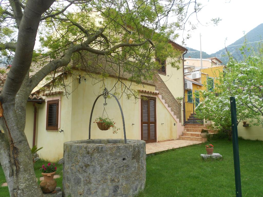 B&B Maratea Garden House