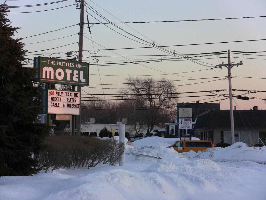 Huttleston Motel