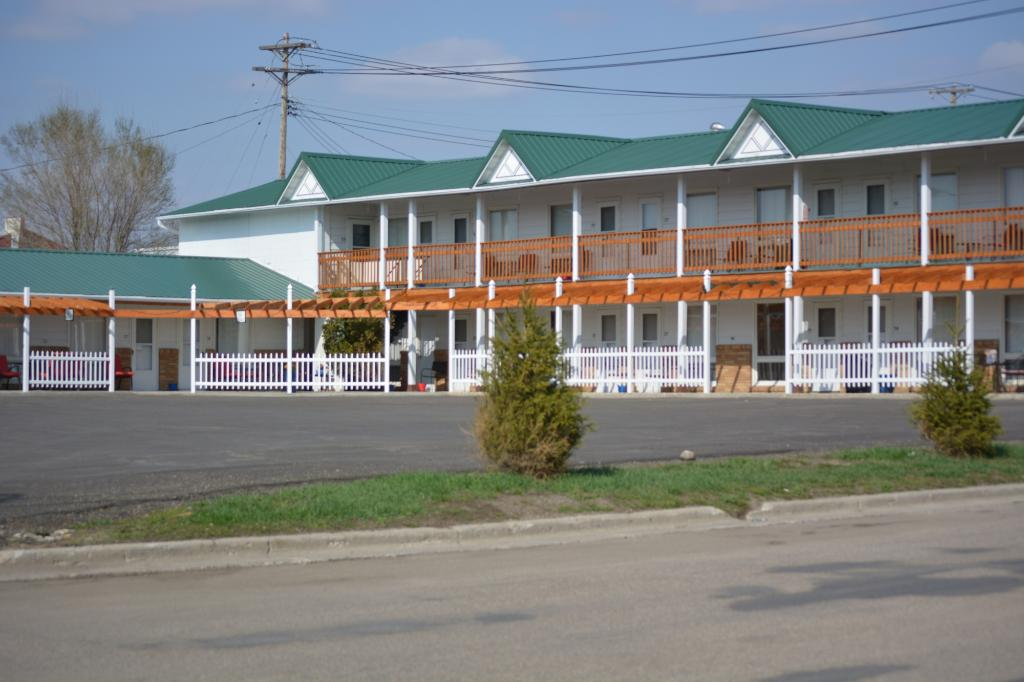 Two Rivers Inn East