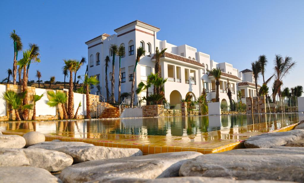 Mnar Castle Hotel Apartments