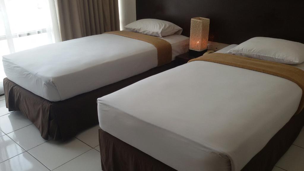 Hotel N1