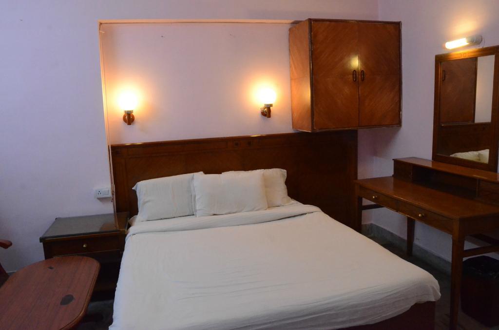 Hotel JC Grand