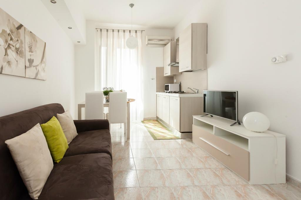 Romahouse - Self-Catering Apartments