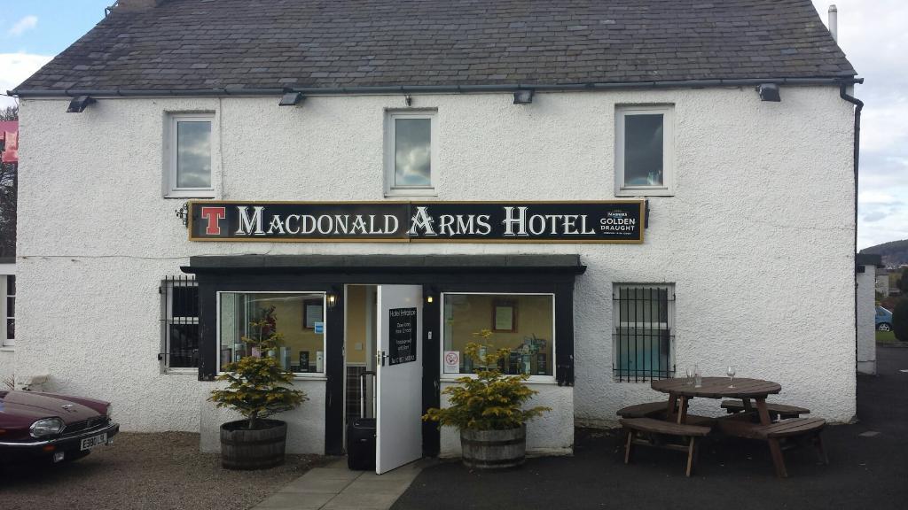 McDonald Arms Hotel