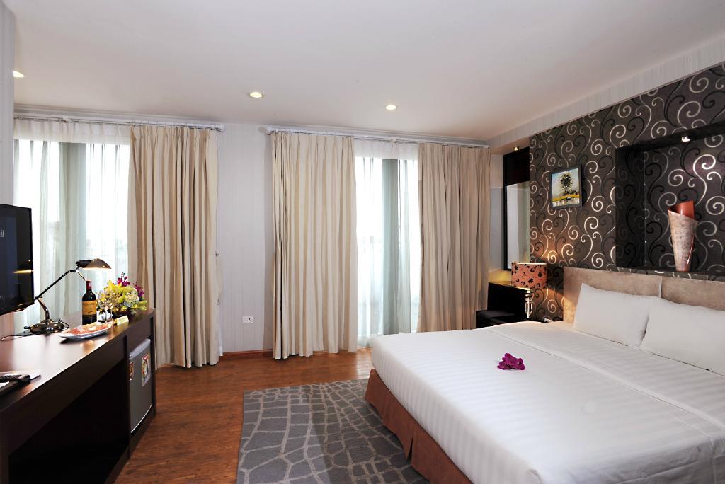 Hanoi Legacy Hotel - Bat Su