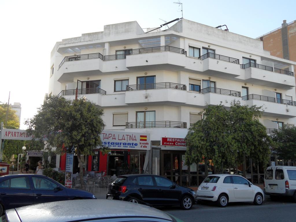 Apartamentos Gomila Park