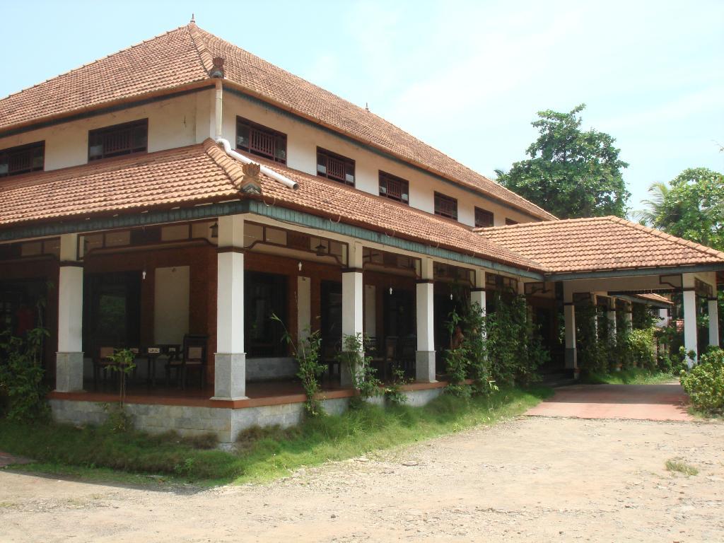 Kalpakavadi Inn