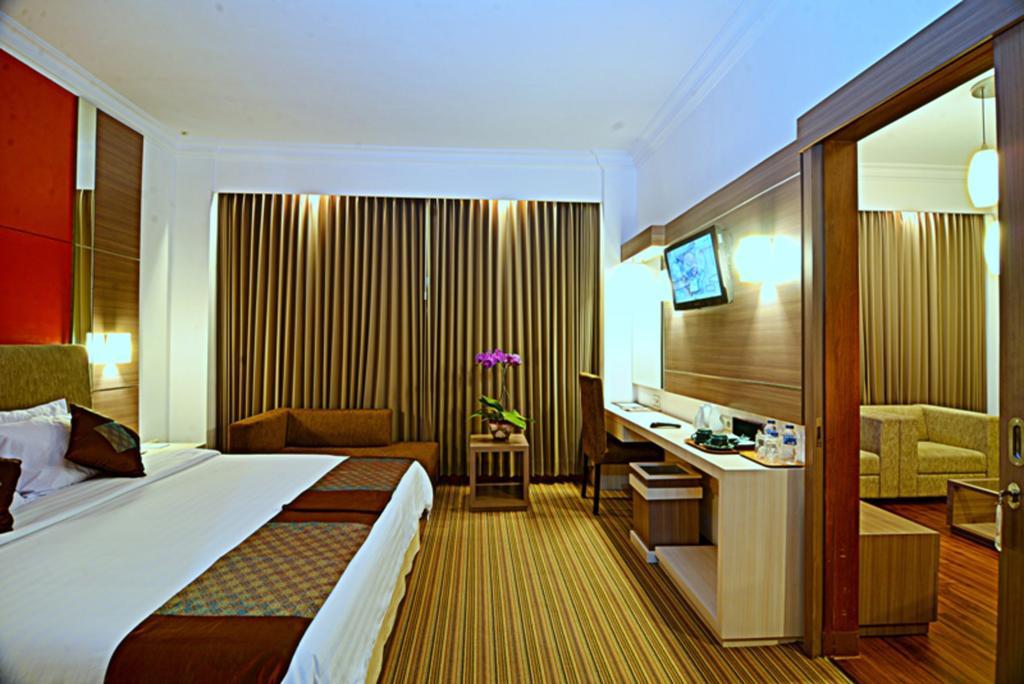 Inna Simpang Hotel