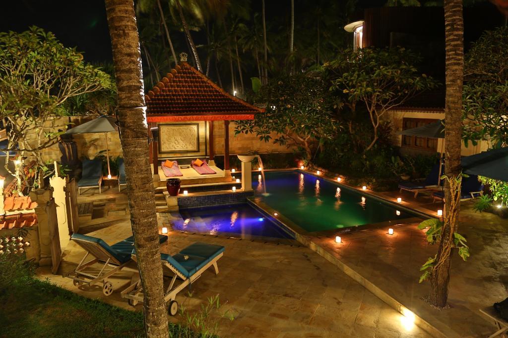 Nusa Indah Bungalows & Villa