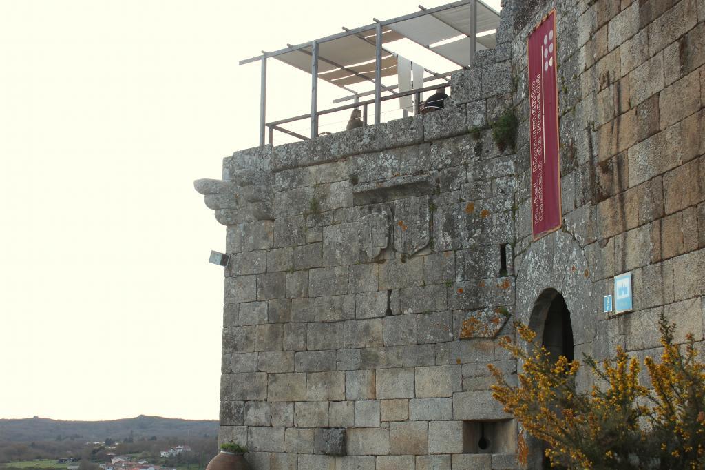 Monumento Castelo de Maceda