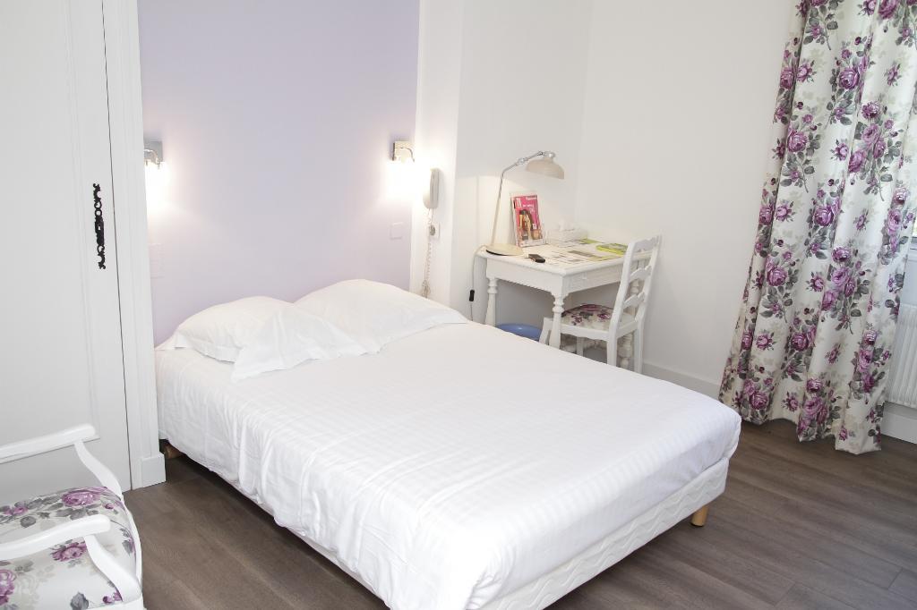 Logis Hotel Des Pyrenees Rest La Pergola