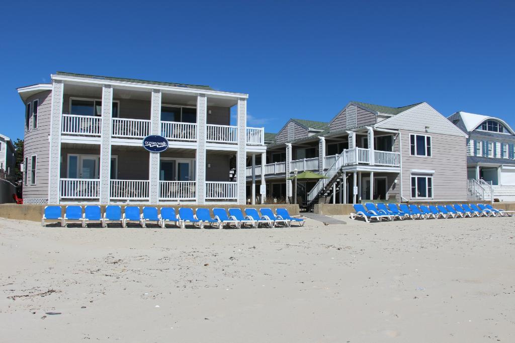 海邊漫步飯店
