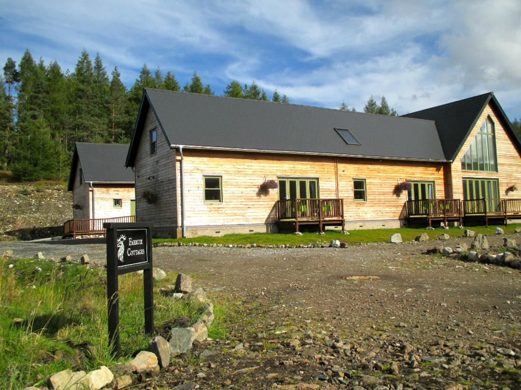 Faebuie Cottages