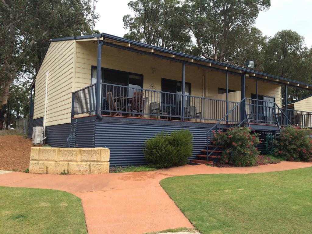 Dwellingup Forest Lodge