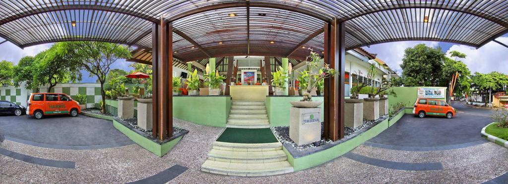 โรงแรมแฮร์ริส  ตูบัน