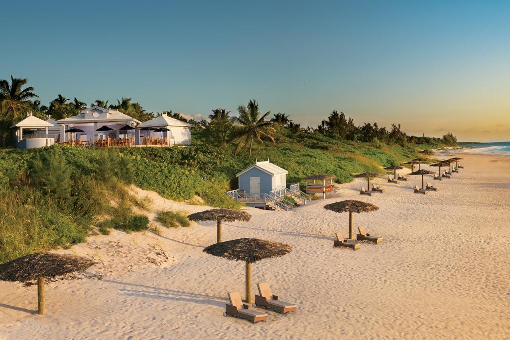 粉红沙滩度假酒店