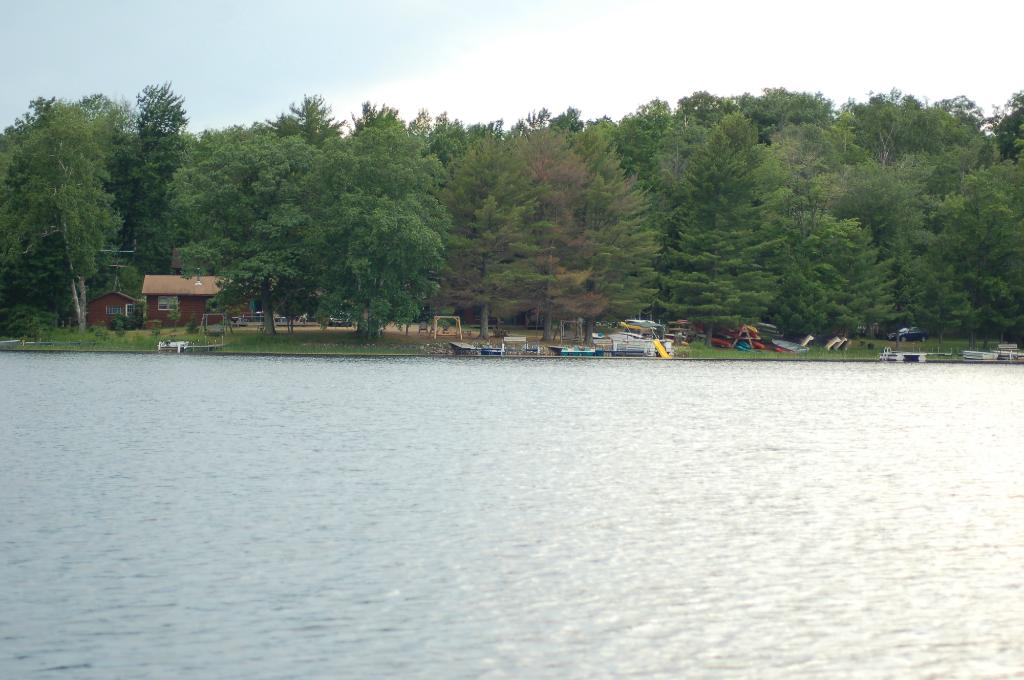 Booth Lake Landing Resort
