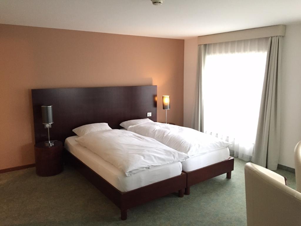ラ クロンヌ ホテル