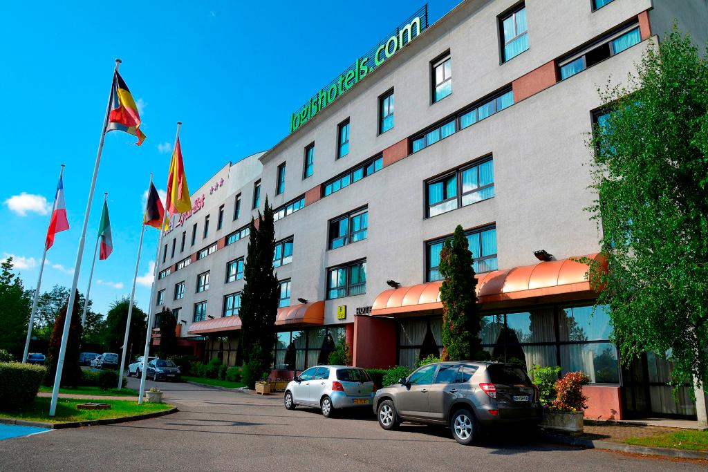 Hotel Logis Lyon Est - Porte de L'Ain