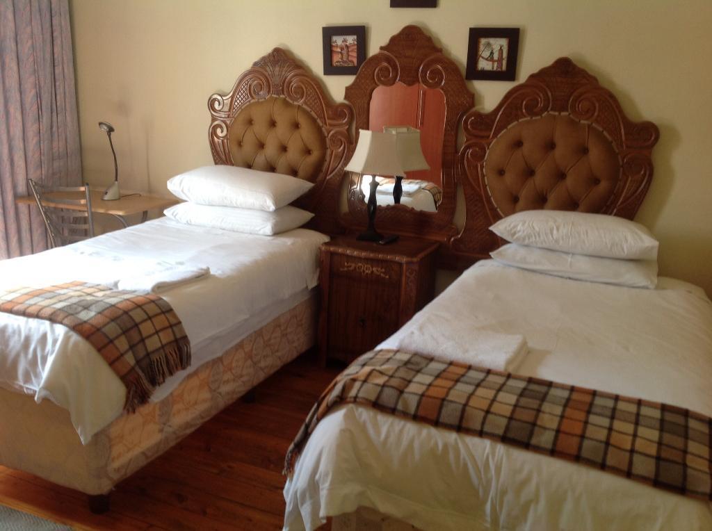 Khok'moya Guest House