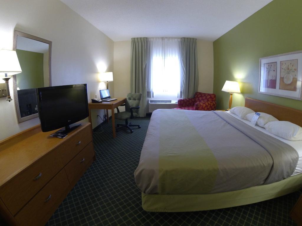 モーテル 6 インディアナポリス アンダーソン