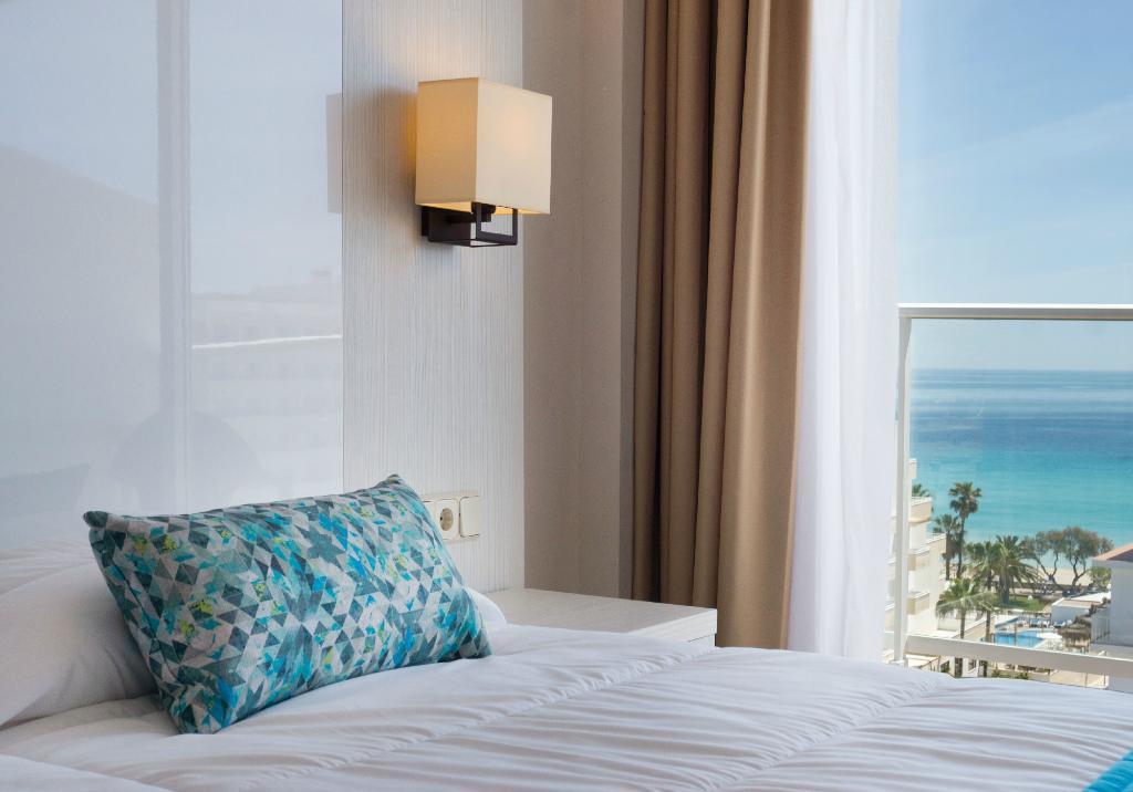 藍海拉平塔飯店