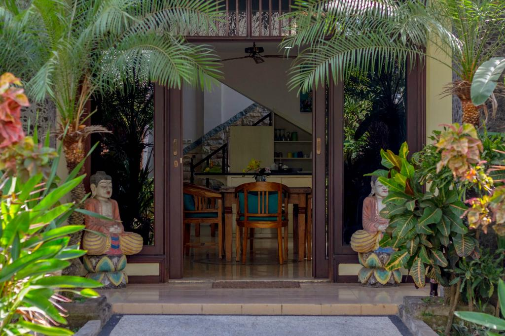 Kuta Luxury Villas