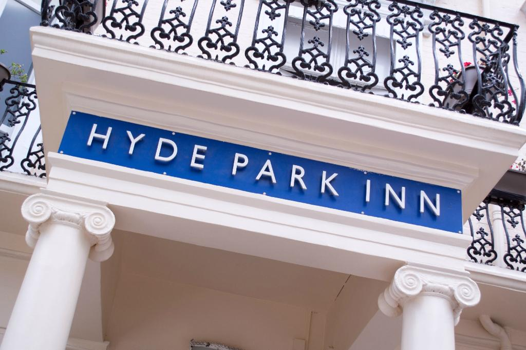 Smart Hyde Park Inn Hostel