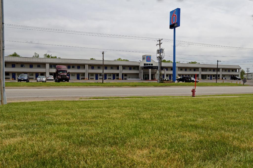 Motel 6 Cleveland Intl Airport - N Ridgeville