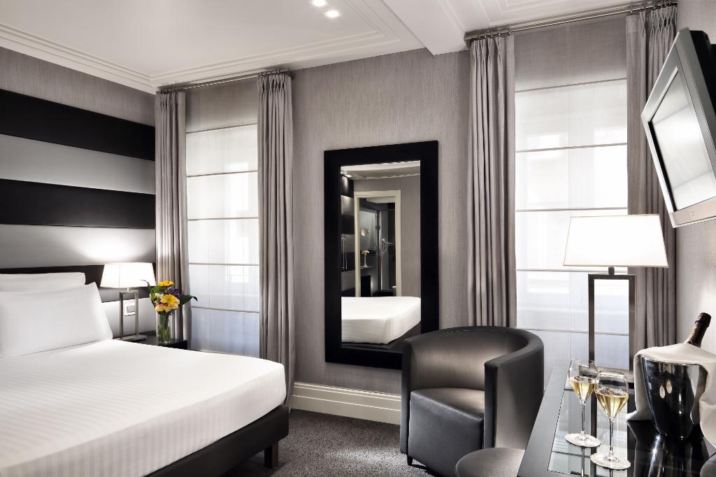 ホテル マンチーノ 12