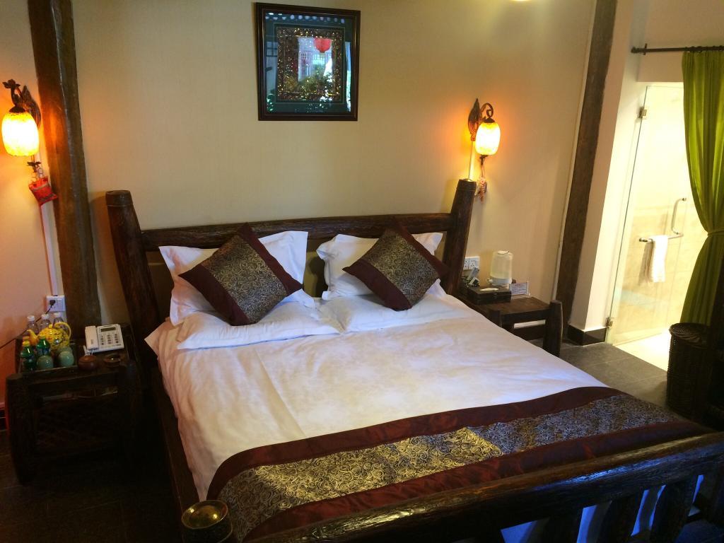 โรงแรมลี่เจียง ยุนจิน ยาจู คอร์ตยาร์ด