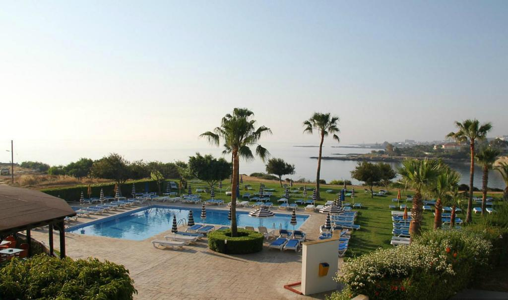 Maistrali Hotel Apartments & Bungalows